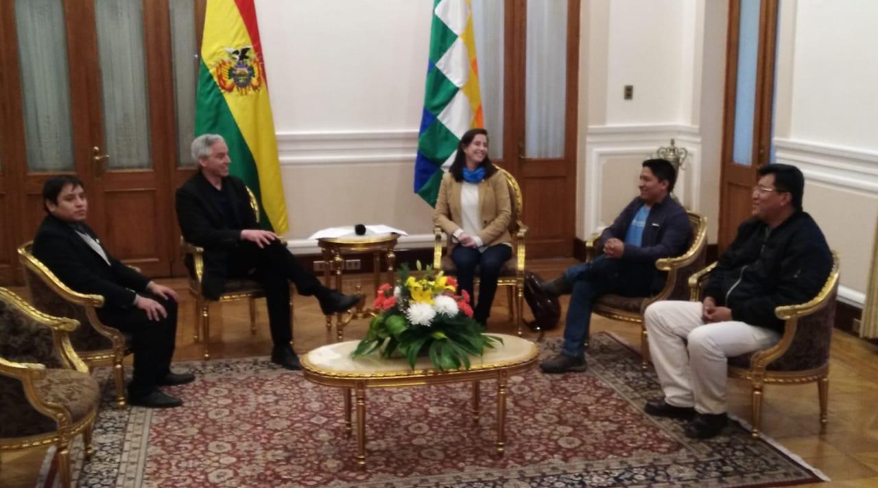 BOLIVIA: PRIMEROS TRES BECARIOS EN MEDICINA NUCLEAR VIAJAN A ARGENTINA