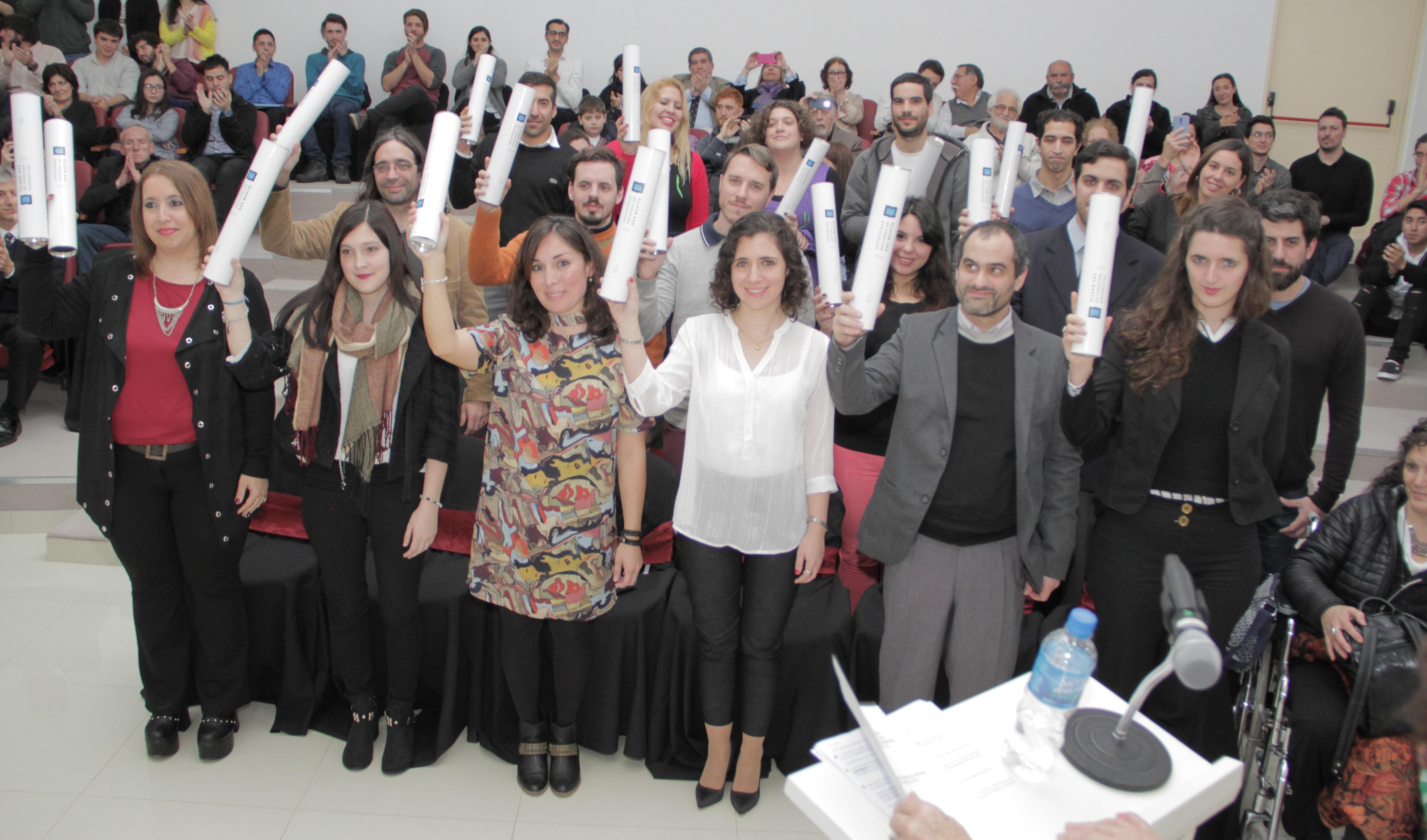 Argentina: los egresados del Instituto Dan Beninson recibieron sus diplomas