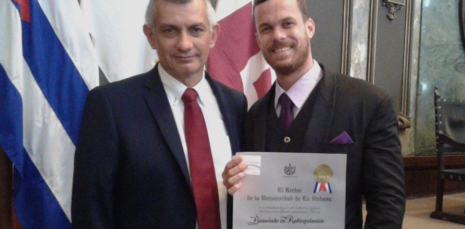 Cuba: Premio AENTA al mejor graduado nuclear de 2018 para un radioquímico