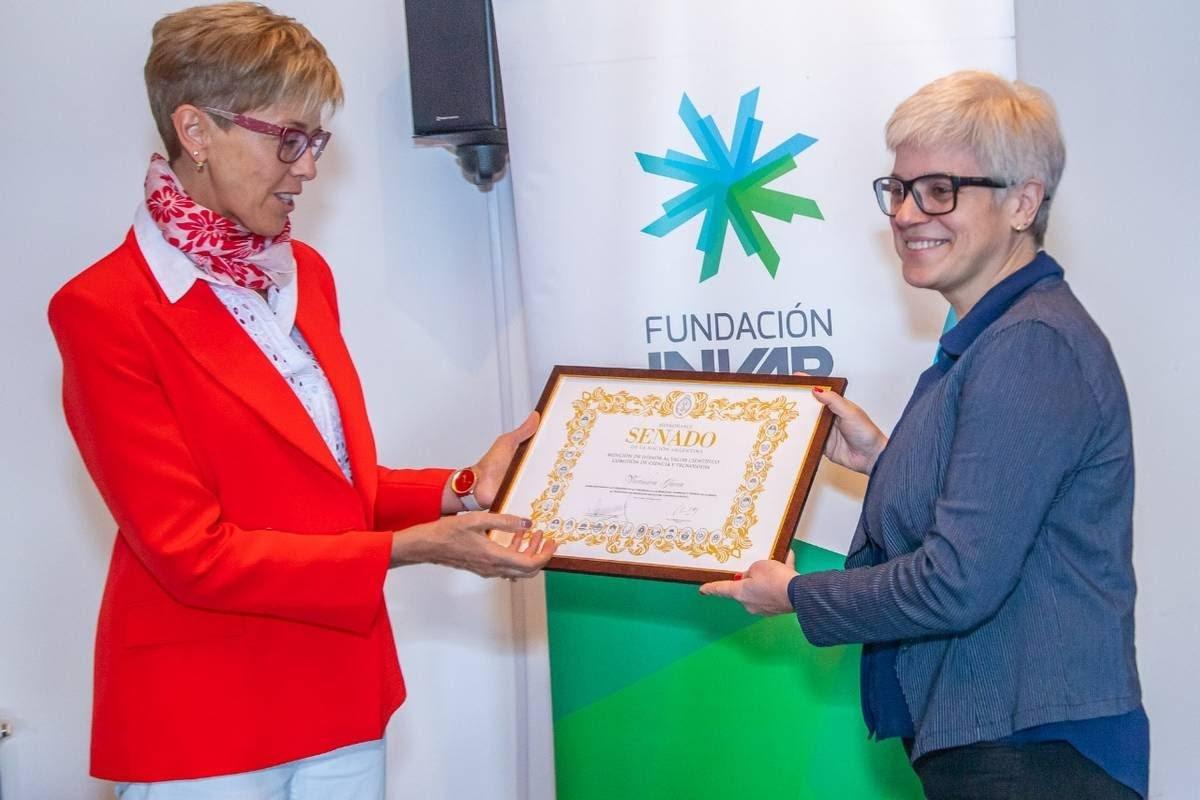 Mención de Honor al valor científico para la Directora Ejecutiva de Fundación INVAP