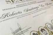 EL SENADO DISTINGUIÓ CON UNA MENCIÓN DE HONOR A ROBERTO SANTIAGO DE BRITO
